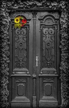 Door / By Vagelis Pikoulas Cool Doors, Unique Doors, The Doors, Windows And Doors, Grand Entrance, Entrance Doors, Doorway, Portal, Knobs And Knockers