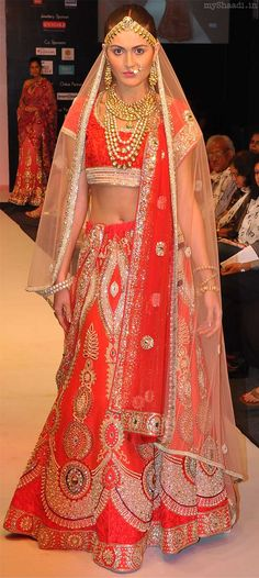 Modern brides are going for a more contemporary look rather than sticking to their traditional values. Description from myshaadi.in. I searched for this on bing.com/images