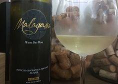 Malagousia, uma uva grega que quase foi extinta, até que um produtor descobriu o seu potencial!  Conheça no blog: http://www.sobrevinhoseafins.com.br/2016/02/cavino-malagousia-2014.html