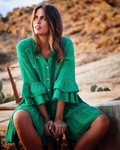 Lulunina Summer V-Neck Casual Dress Ruffle Dress, Ruffle Blouse, Fashion Project, Vacation Dresses, V Neck Dress, Boho Outfits, Green Dress, Types Of Sleeves, Modern
