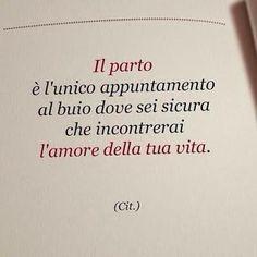 Diario di mamma // prepariamo la valigia Words Quotes, Love Quotes, Sayings, Cogito Ergo Sum, Foto Fun, Italian Phrases, Positive Mantras, Memories Quotes, Love Of My Life