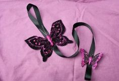 Hairclip holder au$8 Bow Holders, Hair Clips, Crafts For Kids, Bows, Heart, Accessories, Fashion, Hairpin Legs, Moda