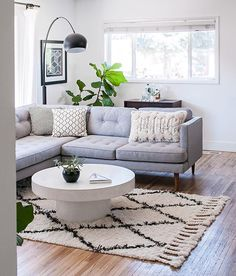 @farahpro's Salt Lake City home is seriously giving us life this evening. Check out all of @jenpalmerphoto's photos of this eclectic monochrome space on our blog today—link in profile! #mywestelm