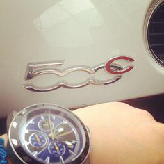 Inizia il giro per il centro di Martina Rossi a bordo della 500 #Abarth con il nuovo orologio #Breil. Next stop: #Brera!