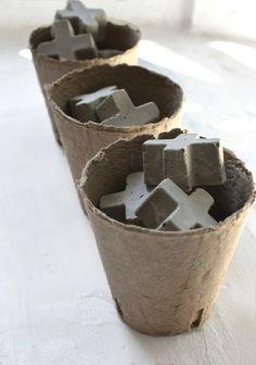 http://www.basichus.com/2013/08/05/drivved-betong-kartong-vitt-gr%C3%A5-och-brun-17744638