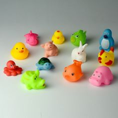 Baby Bathing, Water Balloons, Floating In Water, Bath Toys, Rubber Duck, Baby Animals, Kids Toys, Colorful, Childhood Toys