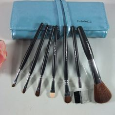 professional mac 7 pcs brushes set with pouch Macca1709 Cheap professional mac 7 pcs brushes set with pouch Macca1709 - $5.02