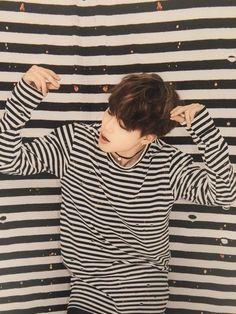 Me encanta al Jimeno con camiseta a rayas *^*