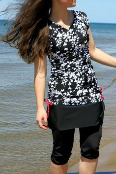 Modest Inspiration - Modest - 2015 Styles - My Style - Modest Fashion Casual Skirt Outfits, Modest Outfits, Modest Fashion, Style And Grace, My Style, Swimwear 2015, Modest Swimsuits, Fashion Looks, Moda Fitness