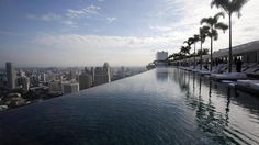Cool Pool. Marina Bay Sands Hotel in Singapur