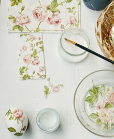 déco d'œufs de Pâques réalisé à l'aide de serviettes en papier