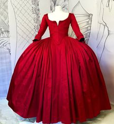 Outlander Claire red dress Replica season 2 Christmas Dress Gown Cosplay costume Paris Parisian gown Custom teen and adult size 18th Century Dress, 18th Century Fashion, Ma Jolie Tribu, Terry Dresbach, Vintage Outfits, Outlander Season 2, Outlander 3, Period Outfit, Fantasy Dress