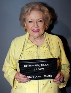 Elka Ostrovsky- Hot in Cleveland