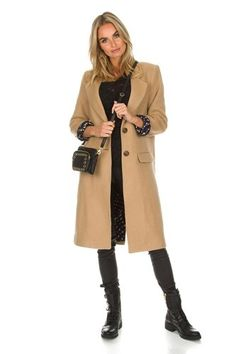 Hoe kun je je garderobe up to date houden. | Style Consulting Duster Coat, How To Make, How To Wear, Camel, Planning, Jackets, Fashion Tips, Styling Tips, Clothes