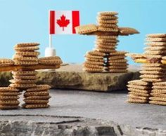 Kids of all ages will have fun making these edible Shreddies Inukshuks. A perfect craft after school, on a rainy day, or at birthday parties. Canada Day Crafts, Shreddies, Art For Kids, Crafts For Kids, Fun Crafts, Canada Day Party, Indigenous Education, Teaching Social Studies, First Nations