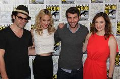#Zoo: cast from Comic Con: Burke, Arnezeder, Wolk, & Connolly