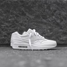 competitive price 5f05e a4119 Instagram post by Nike Air Max 1 (1987) • Aug 9, 2016 at 12 41am UTC