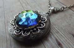 Romantic Vitrail Crystal Flower Locket in Silver   by simplywillow, $32.00  Sparkly and oh so romantic!!!  Great Valentines Day gift idea
