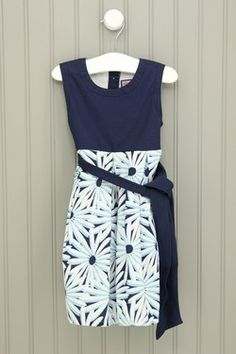 Vineyard Vines 2T Navy Daisy Dress