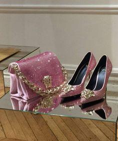Fashion Bags, Fashion Shoes, Fashion Accessories, Womens Fashion, Luxury Shoes, Luxury Bags, Stiletto Shoes, Pumps Heels, Versace Bag
