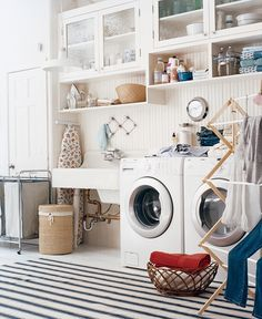 Look at these small laundry room organization ideas. Use this opportunity to see some small laundry room organ. Home interior, interior designs, interior trends Small Laundry Rooms, Laundry Room Design, Laundry Area, Laundry Sorter, Laundry Bin, Laundry Detergent, Laundry Basket, Laundry Room Inspiration, Sink Inspiration