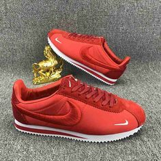 Nike Cortez Embroidery Red http://feedproxy.google.com/fashionshoes11