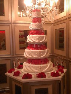 Wedding cake https://www.facebook.com/pages/Paradise-Pastry-Cafe/107729949345903