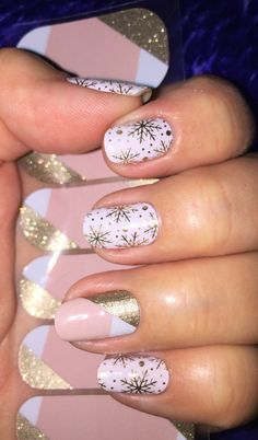 Champagne frost & Obsessed https://blondiebrady.jamberry.com/us/en/