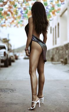 Lovely Legs, Nice Legs, Sexy Outfits, Sexy Dresses, Nylons Heels, Cute Beauty, Sexy Hot Girls, Sexy Legs, Sexy Women