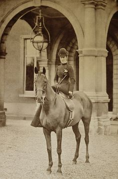 Queen Alexandra of the United Kingdom (when Princess of Wales) riding sidesaddle, Old Pictures, Old Photos, Princess Alexandra Of Denmark, Woman Riding Horse, Side Saddle, Vintage Horse, Horse Photos, Horse Art, Horseback Riding