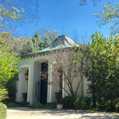One of my favorite homes in Beverly Hills designed by John Elgin Woolf in the…