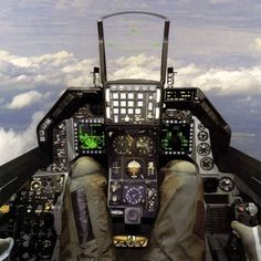 Fighter Jets Cockpit Photo – Fighter Jets Pics Videos and Complete Information Portal Sr 71 Cockpit, Fighter Aircraft, Fighter Jets, Flight Simulator Cockpit, F 16 Falcon, Jet Plane, Aircraft Carrier, Military Aircraft, Photos