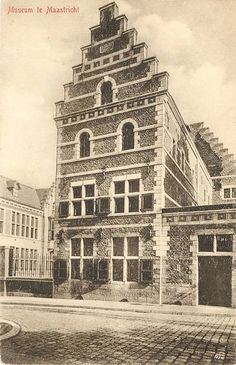 Gereformeerd Weeshuis - Lenculenstraat (huidige Toneelschool)