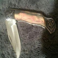 Cheetah pocket knife Cheetah pocket knife. Other