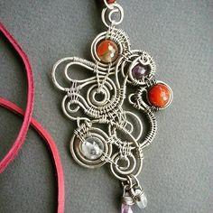 Work with pendant finished. #pendantstone #pendant #wirewrapped #workshop #wirewrap #jewerly #WireGalaxy #carnelian #quartz #amethyst #ringstone #wirework