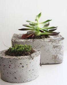 Bloempotten van beton