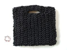 Knitted Handbags : Black Shiny Handbag