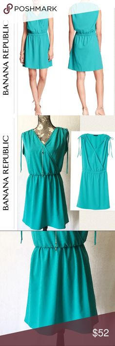 5ca07367f7 Banana Republic Wrap Dress Beautiful Banana Republic DressTies at sleeve  92% Polyester
