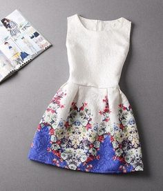 Blue Floral Print Pleated Sleeveless Cotton Dress