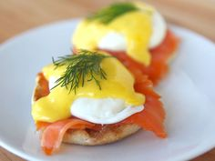 eggs b with salmon. Cheese. A 4:00 snack after bars