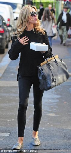 Abbey Clancy.. black ensemble.. giant tote.. and furry shoes from ZARA.. purr!!