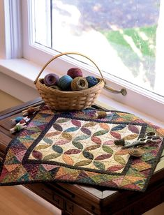 Simple Whatnots: A Batch of Satisfyingly Scrappy Little Quilts: Amazon.co.uk: Kim Diehl: 0744527114580: Books