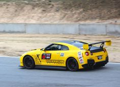 The R's Tuning Yellow Nissan GT-R