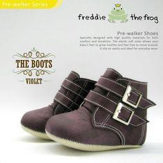 #Sepatu freddie the frog (Violet boots) ~ 90ribu. Ukuran Sol : No. 3 = 11 cm (untuk umur sekitar 0-6 bulan-) No. 4 = 11.5 cm (Sekitar 6-9bulan-) No. 5 = 12 cm (Sekitar 9bln-1 tahun-)