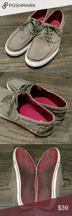 Sanuk green tan lace up shoes 13 Used a handful of times, no issues.  Waxy laces, military green and tan color, red insoles.  Textile upper.  I like textile upper because it gives a little in your step, rather than the canvas ones they've gone to that are tight. Sanuk Shoes Loafers & Slip-Ons