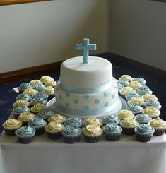 First Holy Communion/Baptism Cake Comunion Cakes, Dedication Cake, First Holy Communion Cake, Religious Cakes, Confirmation Cakes, Celebration Cakes, Cakes And More, Amazing Cakes, Cupcake Cakes
