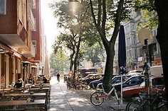 Simon-Dach Strasse in Friedrichshain Berlin - the best place on earth for a Sunday brunch.