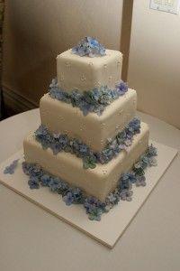 Hydrangea Cake.. like the square