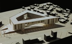 Mersin Chamber of Commerce and Industry Building Competition Entry / Ziya İmren and Onat Öktem,model