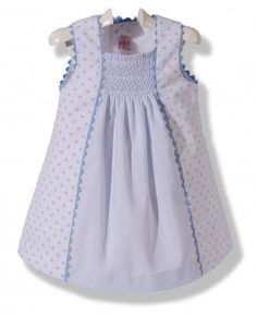 Use an a-line dress with added smocked front panel-easy! Girls Smocked Dresses, Toddler Girl Outfits, Little Girl Dresses, Kids Outfits, Korean Fashion, Kids Fashion, Smocks, Kids Frocks Design, Frock Design